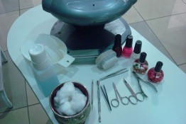 Dectro-International-Lebanon-Manicure-Pedicure